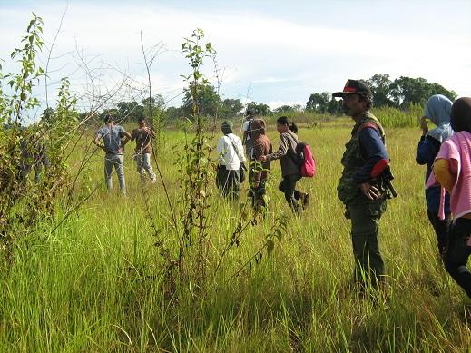 Praktek Pelajar-Mahasiswa di Savana Lanowulu