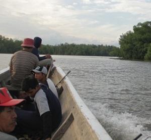 Setelah puas memancing dan menikmati kuliner masakan udang segar, tim kembali ke Darmaga. Pengalaman yang tak terlupakan.
